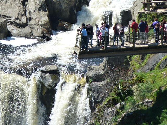 Zonas De Recreo De Bano Y Piscinas Naturales En Las Arribes Del