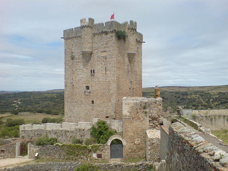 San Felices de los Gallegos: impresionante ciudad fortificada