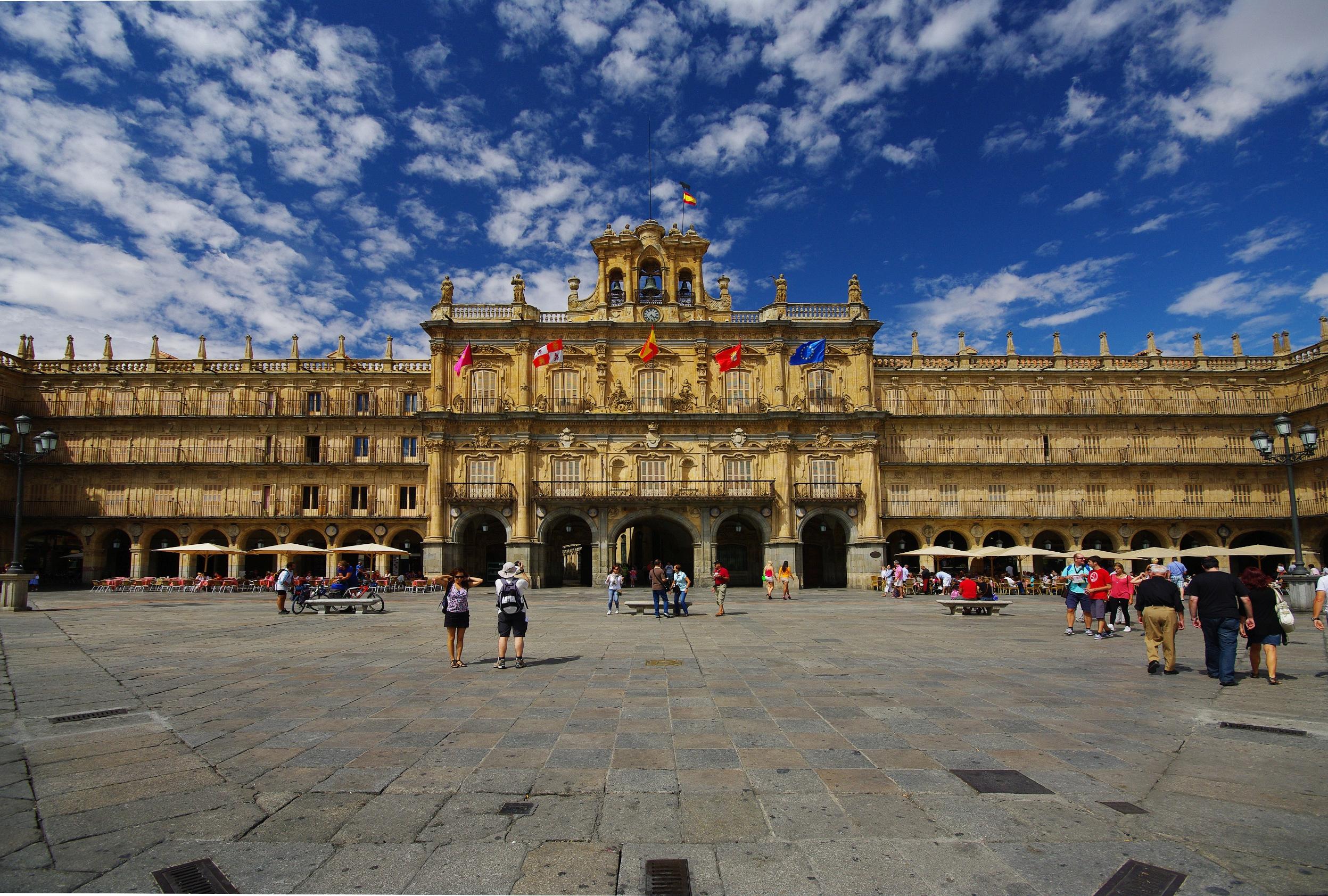 Las mejores rutas para visitar el centro histórico de Salamanca