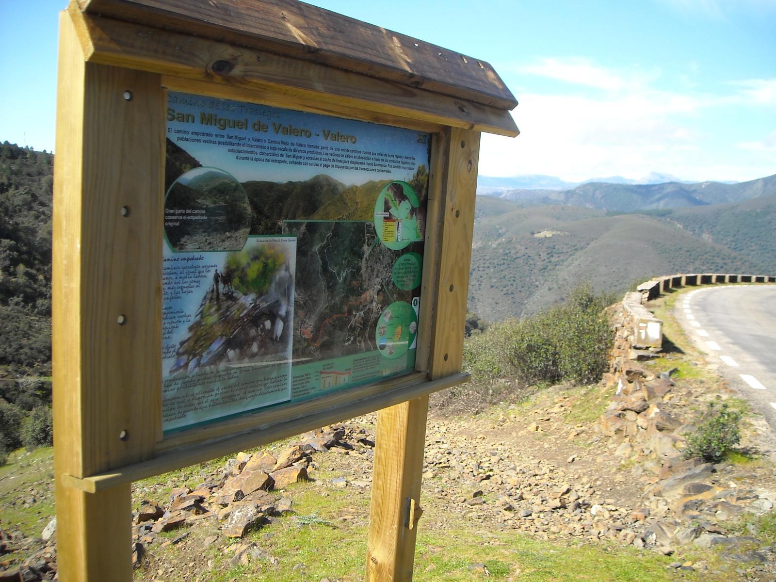 El Camino de los Trasiegos, uno de los senderos más bellos del Valle de las Quilamas